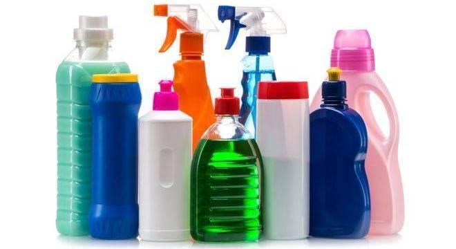 Ainda que autoridades sanitárias concordem que podem fazer mal à saúde, produtos químicos seguem presentes em nossas vidas