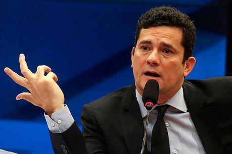 """Wilson Carlos foi secretário de Administração da Gestão de Sérgio Cabral, considerado o """"operador administrativo do ex-governo"""""""