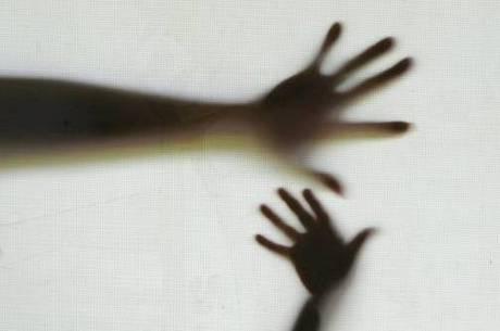 Lei Maria da Penha prevê grupo de auxílio a agressores