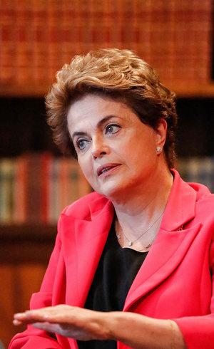 Após votação do Senado na madrugada, Dilma se tornou ré por 'pedaladas fiscais'