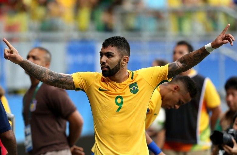 a65f32402a Neymar acorda