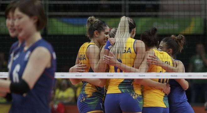 Seleção brasileira supera a Coreia do Sul e vence mais uma na Rio 2016