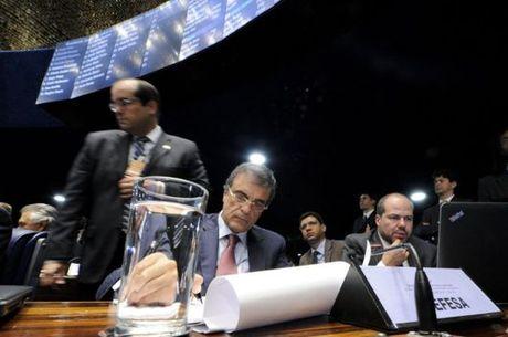 Cardozo disse que estuda solicitar a Lewandowski que sejam feitas duas votações sobre o futuro de Dilma