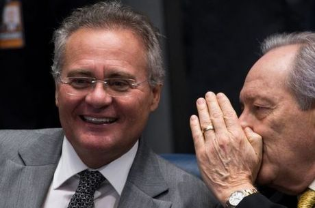 Presidente do Senado, Renan Calheiros, e do STF, Ricardo Lewandowski, conversam no último dia dos depoimentos