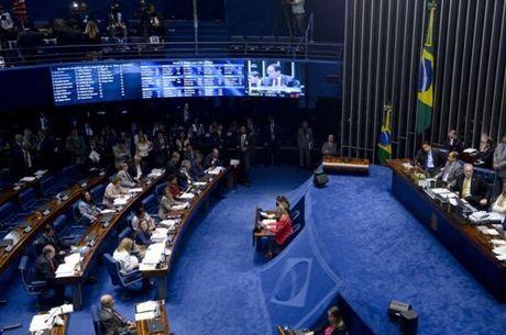 Opostiores e aliados de Dilma levarão número igual de apoiadores para ver presidente depor