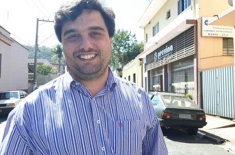Fábio Polidoro é candidato a vice-prefeito de Pedreira, onde só há um pleiteante na disputa pela chefia do executivo municipal