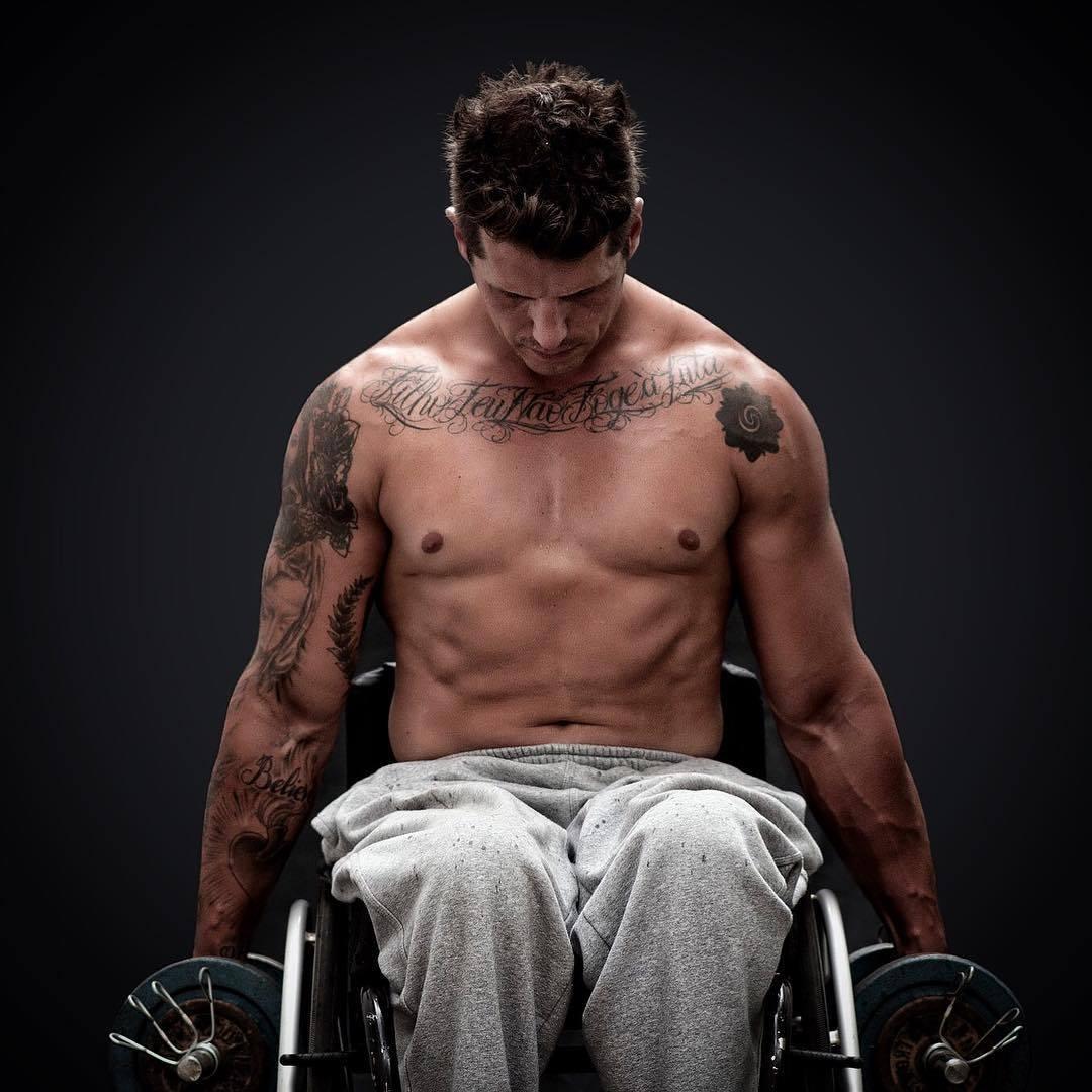 Cantor Todo Tatuado Brasileiro sarados e tatuados! veja os famosos que tiram suspiros com