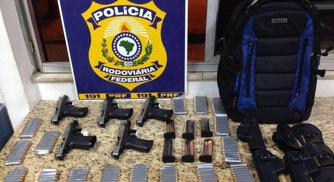 Apreensão de armamento e munições realizado pela Polícia Rodoviária Federal