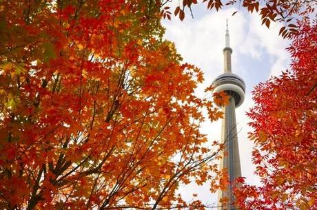 CN Tower é o quinto maior prédio do mundo