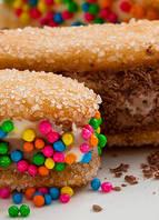 "<a href=""http://www.visconti.com.br/receitas/sanduiche-de-sorvete"">Sanduíche de sorvete</a>"
