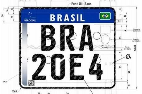 Placa para motocicletas no novo padrão do Mercosul