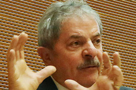 """Foi a primeira vez que Lula e Moro estiveram """"frente a frente"""""""