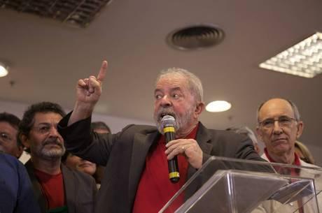 Além de Lula, viraram réus Marisa Letícia e outras seis pessoas