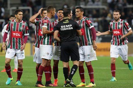 Rodolpho Toski Marques foi muito questionado por sua atuação na eliminação do Fluminense para o Corinthians