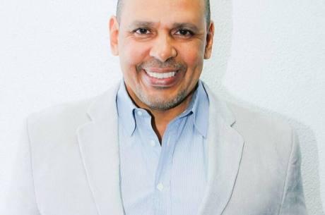 Marcos Falcon era o atual presidente da Portela