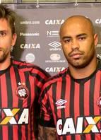Paulo André e Thiago Heleno (Atlético-PR)