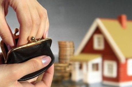 Sem dinheiro, Caixa suspende financiamento de imóveis com recursos do FGTS