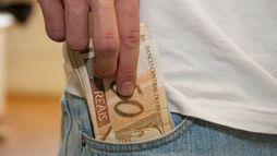 Governo prorroga prazo de saque do FGTS inativo até fim de 2018 ()