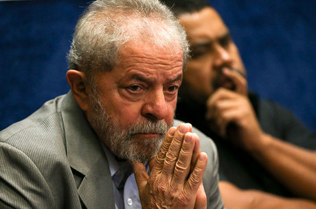 Ex-presidente Lula é réu em três ações penais na Justiça Federal
