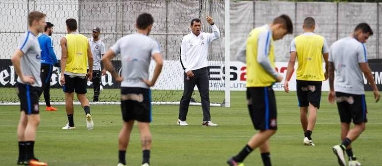 Técnico Fábio Carille mostrou-se empolgado para o início da temporada e na disputa do estadual
