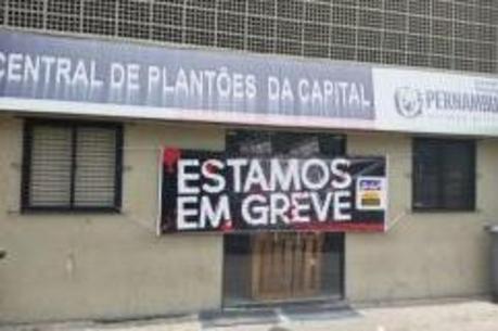 Funcionários da Central de Plantões da capital entraram em greve