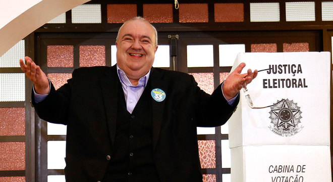 Atual prefeito, Rafael Greca, que tentará a reeleição na cidade de Curitiba