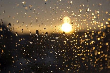 Clima no fim de semana terá sol e chuva intercalados