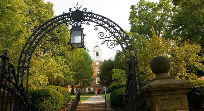 Tiroteio ocorreu perto do campus da Universidade Rutgers em New Brunswick, Nova Jersey