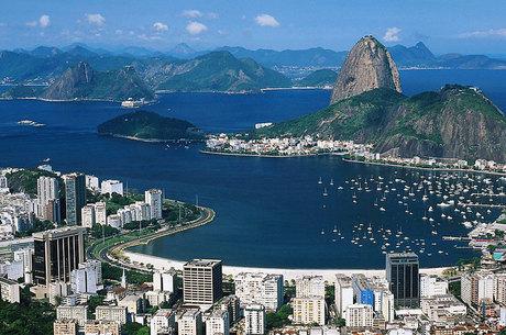 Por medo da violência, as pessoas estão deixando o Rio de Janeiro