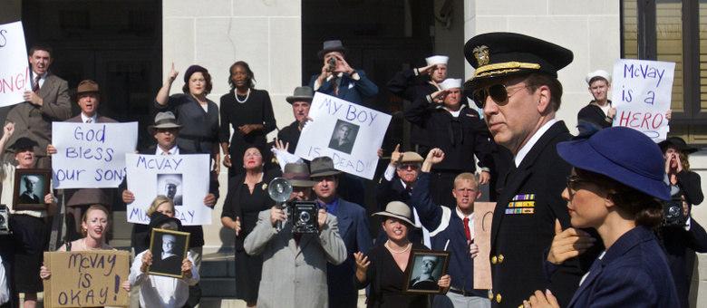 Cena de USS Indianápolis: Homens de Coragem