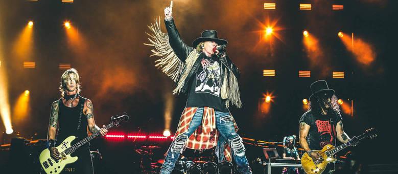O Guns N' Roses em apresentação no Brasil