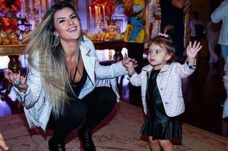 Mirella Santos é mãe de Valentina, de 2 anos