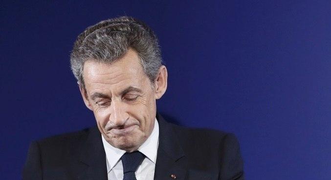 Ex-presidente francês, Nicolas Sarkozy, é condenado por corrupção