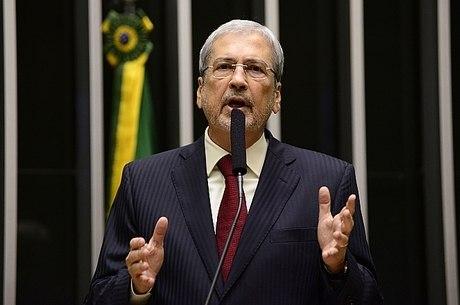 A 'fritura' do ministro Imbassahy continua na Câmara dos Deputados