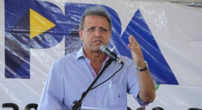 Ex-governador do Tocantins é preso em operação da PF