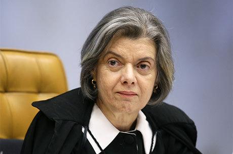 'Pode-se calar um juiz, mas nunca se conseguirá calar a Justiça', diz Cármen Lúcia em crítica a mudanças no pacote anticorrupção