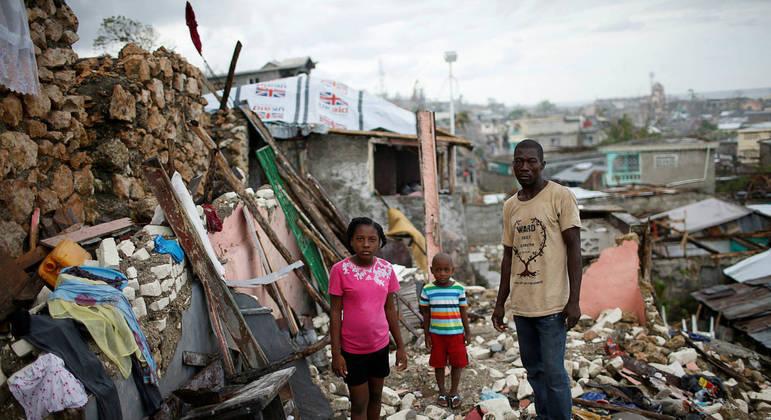 Estragos no Haiti após a passagem do furacão Matthew