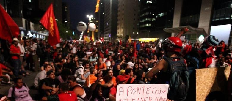 Protesto terminou com confusão na avenida Paulista