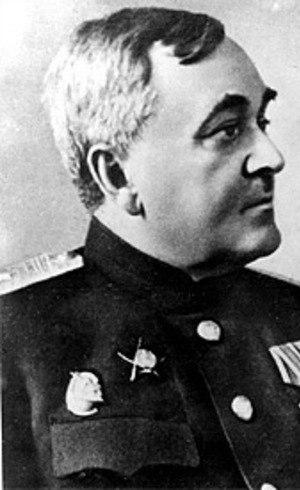 Alexander Vasilyevich Alexandrov (1883-1946) ajudou a inspirar o grupo militar