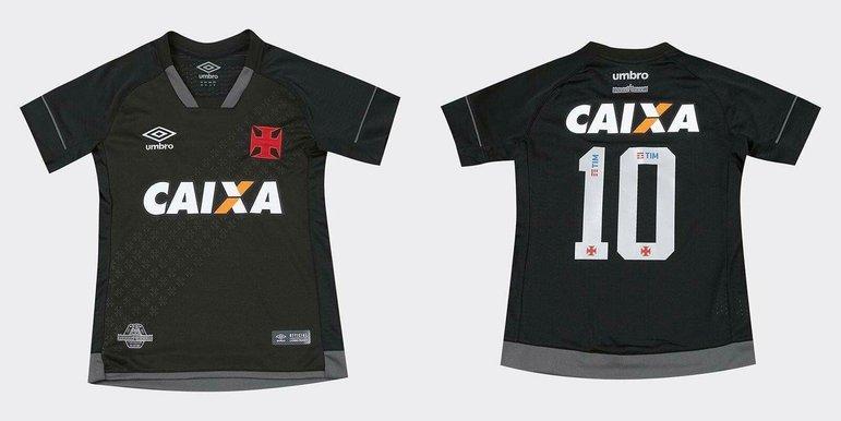 2017 - O uniforme homenageou os 90 anos do icônico estádio de São Januário.