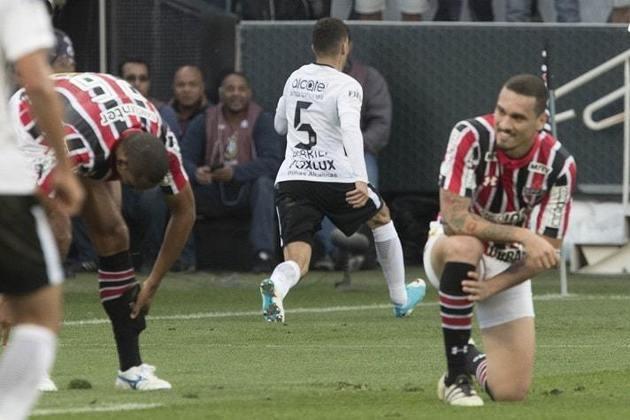 2017 - Semifinal - Outra derrota nas semifinais. Desta vez, para o Corinthians, que venceu a ida por 2 a 0 e empatou a volta por 1 a 1.
