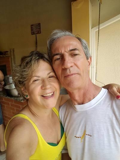 Abadia das Graças Ferreira tinha 56 anos e morreu ao lado do marido, Paulo Almeida, de 61 anos