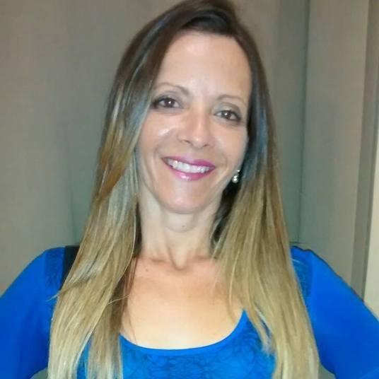 Alessandra Ferreira de Freitas, de 40 anos, era irmã de Liliane e também morreu no local