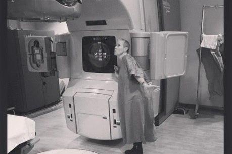 Atriz apelidou máquina de radioterapia de Maggie
