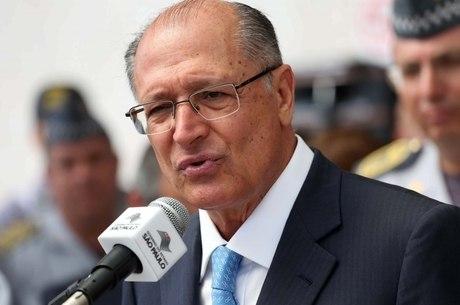 Governador informou que há 17 penitenciárias em construção