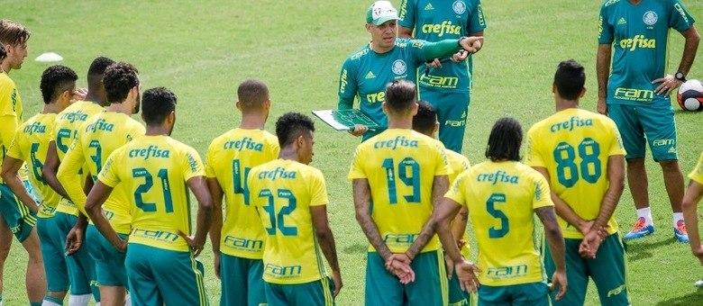 Elenco numeroso dificulta definição dos inscritos do Palmeiras no ... cb1dc1d9f2bdf