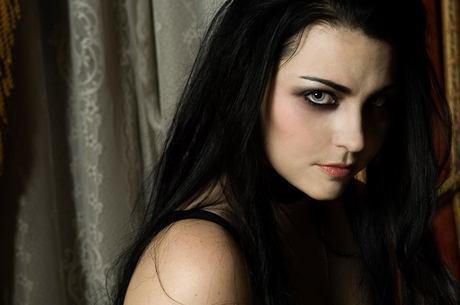 Evanescence vai voltar ao Brasil em abril