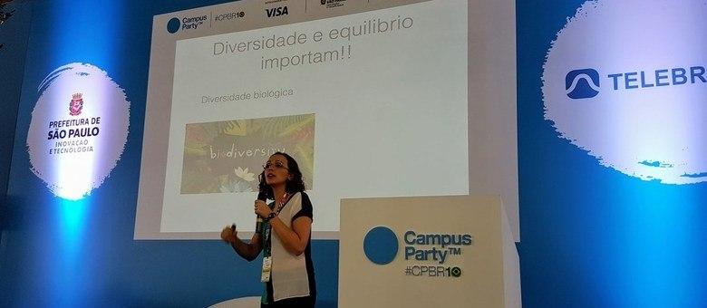 Diversidade e equilíbrio importam: mensagem da palestra da bióloga Fernanda Werneck