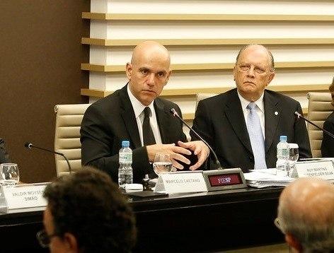 Aposentados se reúnem no Senado em ato contra reforma da Previdência