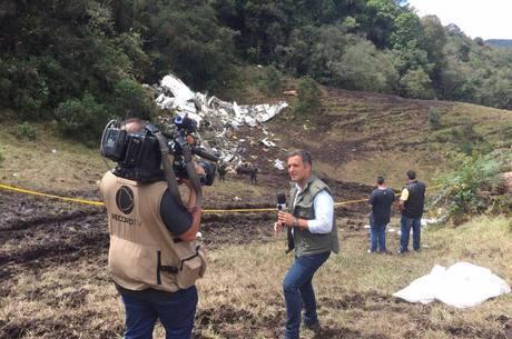 Leandro Stoliar em reportagem para a Record TV
